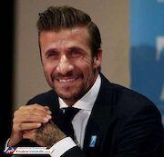 طنز  اگر احمدی نژاد، دیوید بکهام بود...