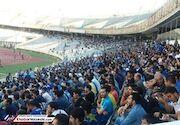 تشویق ۱۰ هزار نفری هاشمی نسب توسط استقلالیها