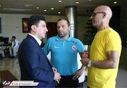 پیراهن مربی اسبق پدیده ۱۳ هزار یورو فروخته شد