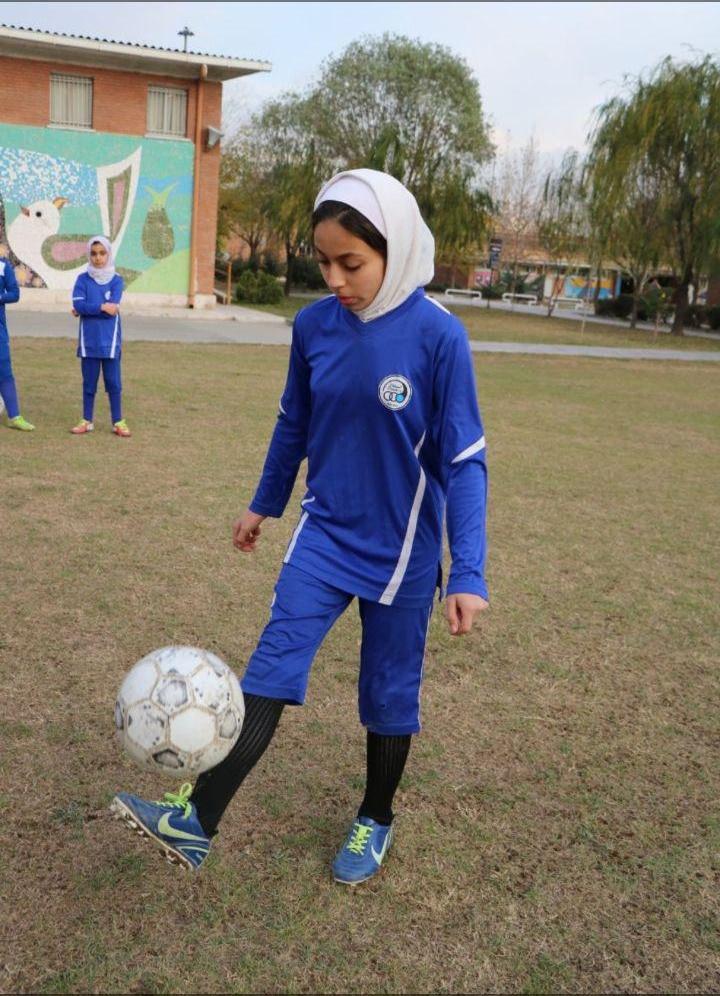 عکس| دختر روماریو در تیم دختران استقلال