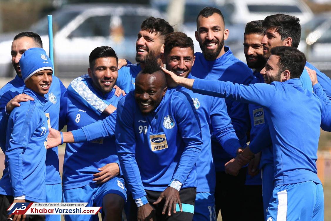 گزارش تصویری  شادابی بازیکنان استقلال در تمرین