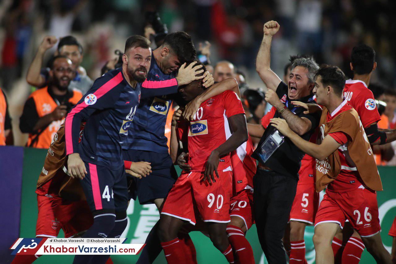 عکس  رادو عضو همیشگی جشن سرخ!