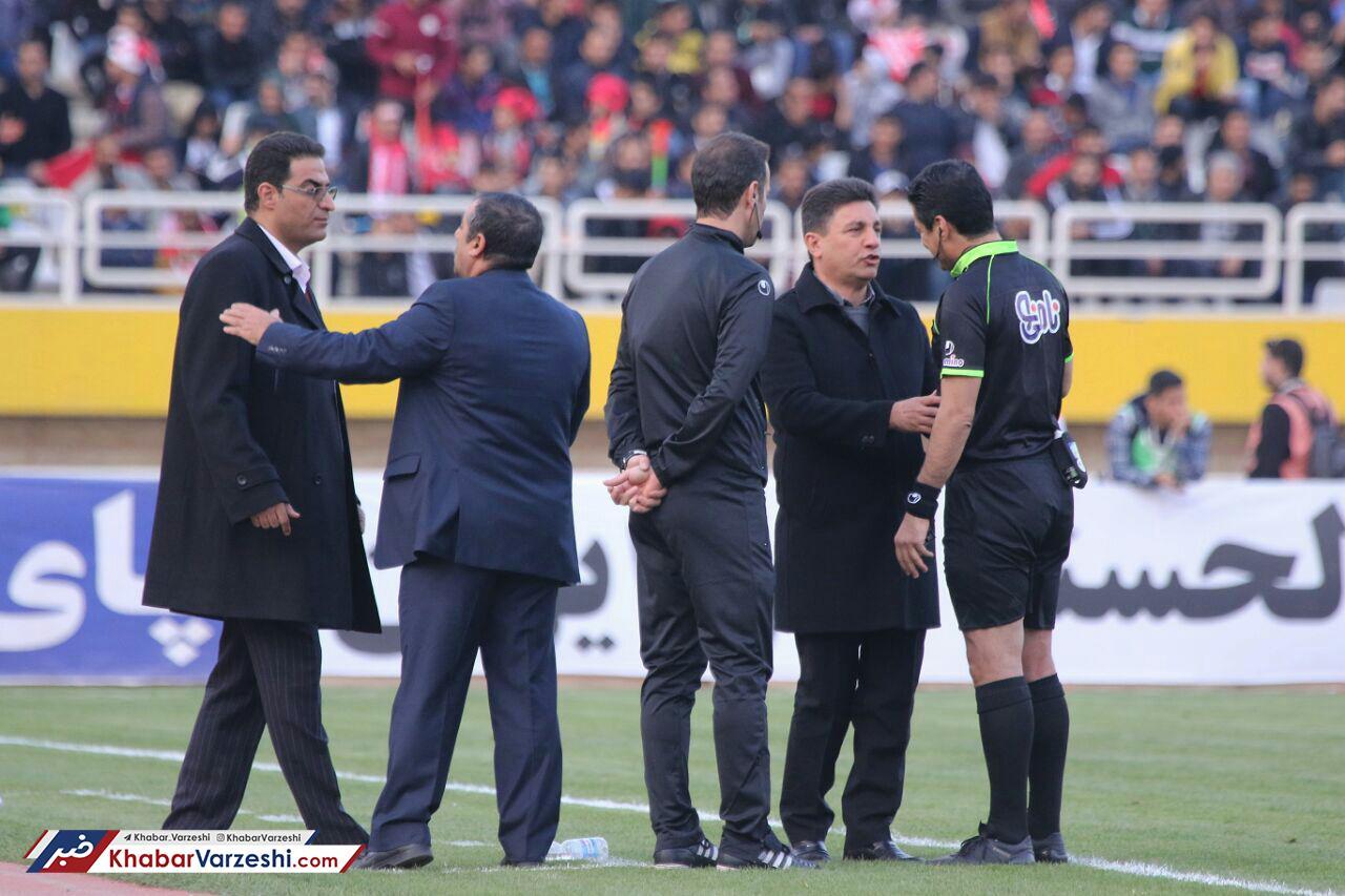 قلعهنویی: آقای برانکو از شما بعید است، منشا روی بازیکن ما خطا نکرد؟