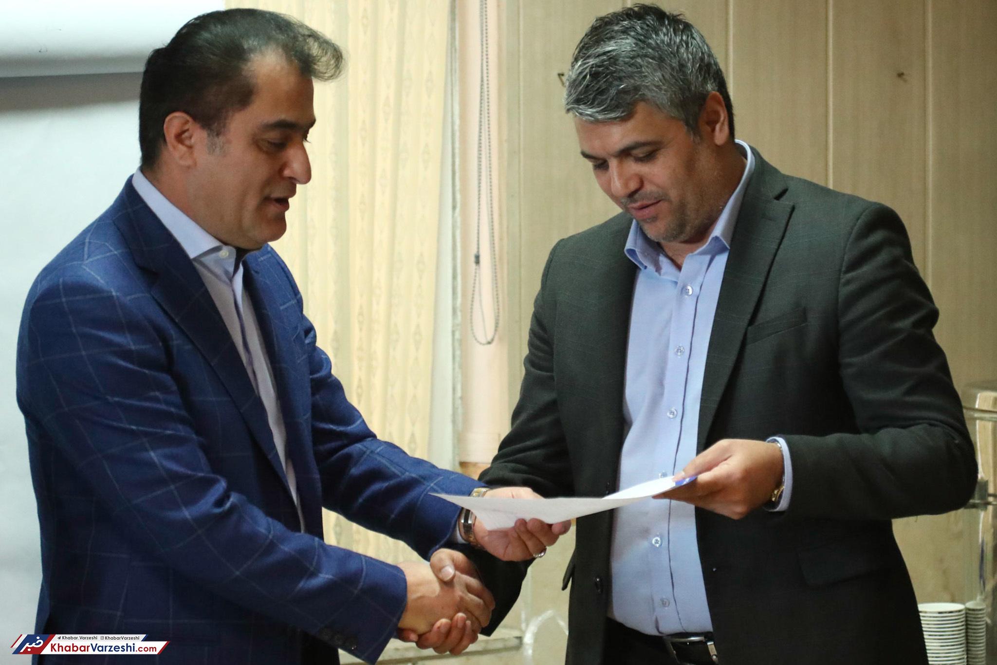 ستار همدانی از سرپرستی استقلال استعفا داد