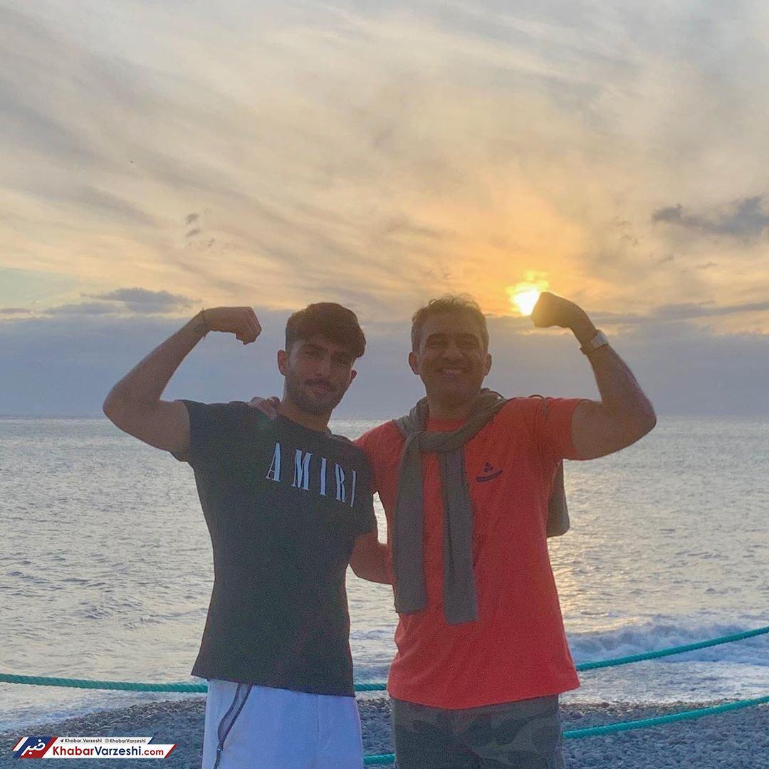 عکس| عابدزاده همراه با امیر در جزیره زیبا