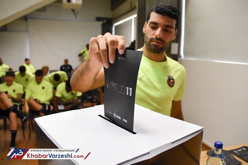 عکس| شرکت طارمی در انتخابات لیگ پرتغال