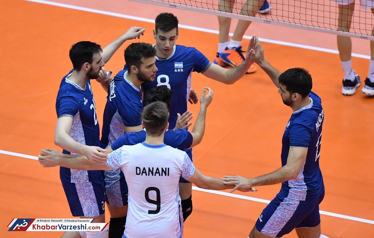 کامبک تماشایی والیبالیستهای ایران برابر آرژانتین