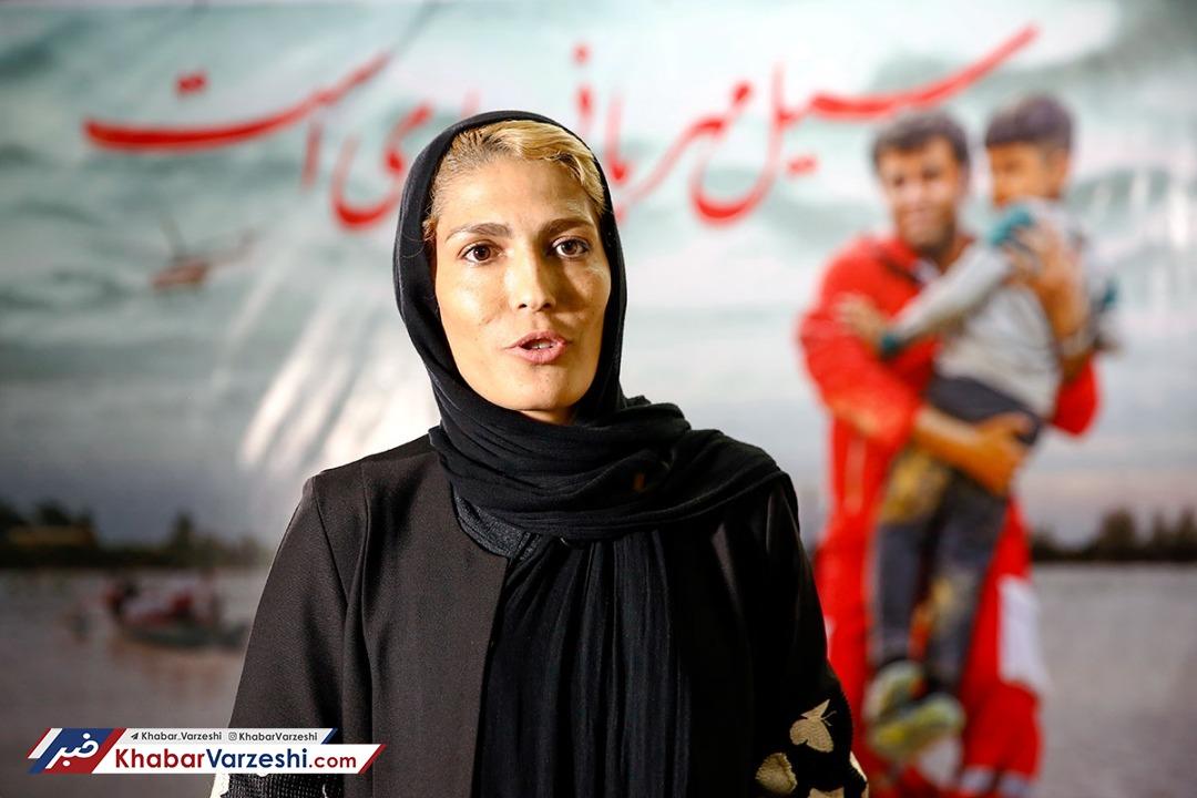 الهه منصوریان: تمدید کنم یکسال حق خروج ندارم