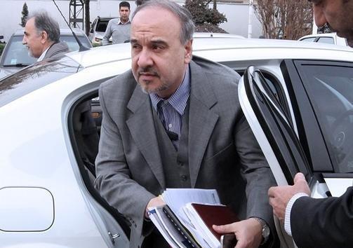 وزیر وارد پرونده استقلال شد