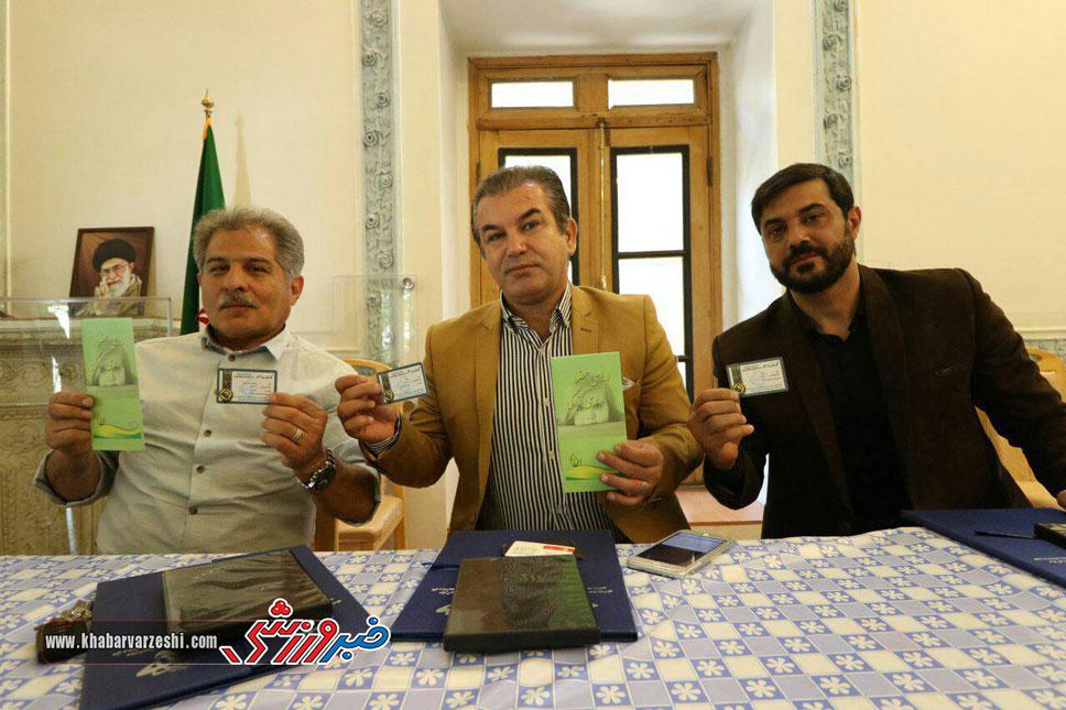گزارش تصویری| پرسپولیسی ها فرم اهدای عضو امضاء کردند
