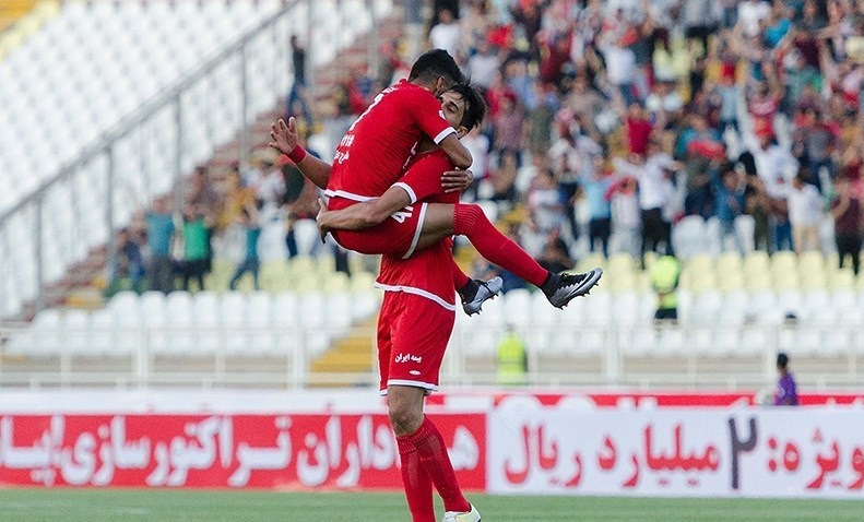 اولین پیروزی تراکتورسازی در لیگ برتر