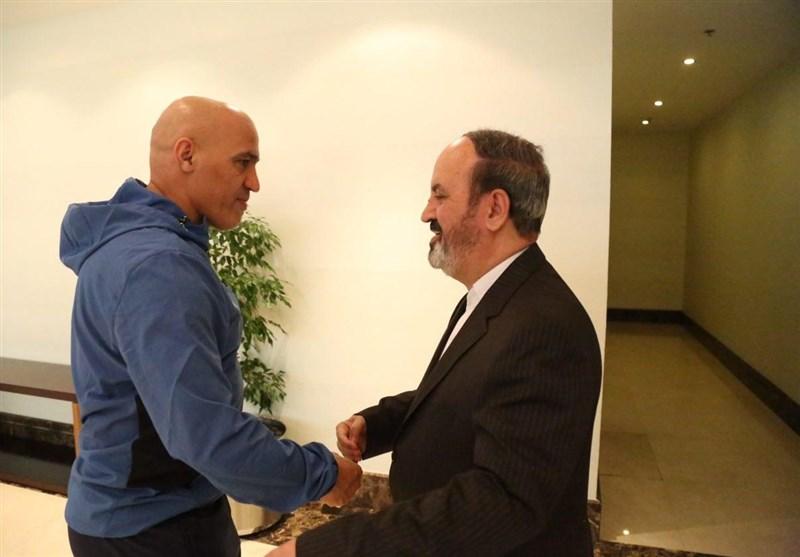 زمانی: منصوریان ۵ بند قراردادش را زیر پا گذاشته است