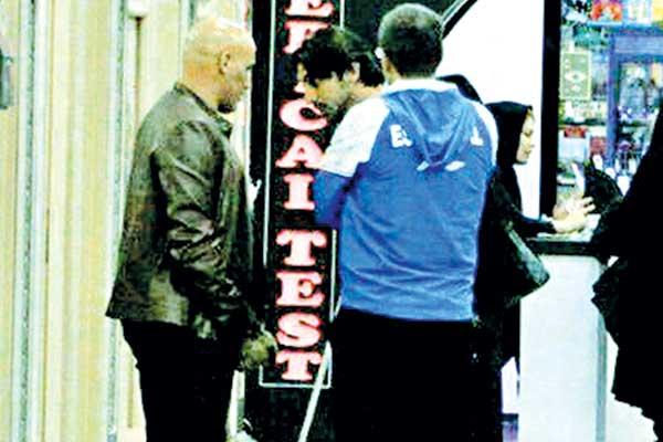 منصوریان در فرودگاه از دست رحمتی فرار کرد