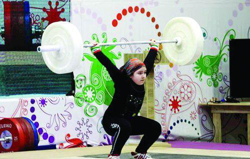 دختر ۸ ساله: وقتی نگذاشتند وزنه بزنم، دلم شکست