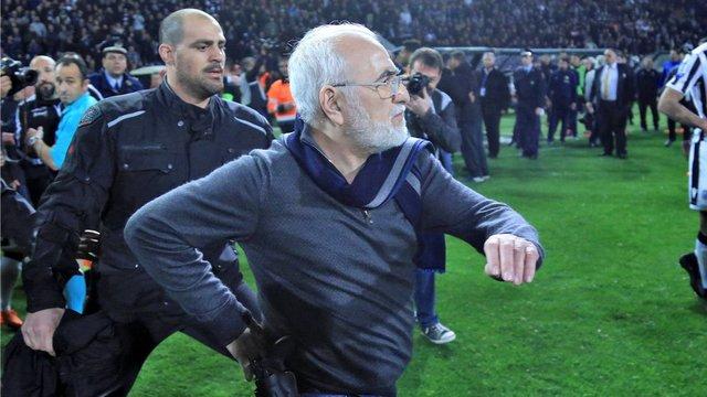 فیفا فوتبال یونان را به اخراج، تهدید کرد