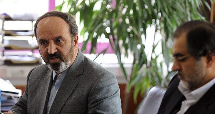 پاسخ مرد جنجالی استقلال به منصوریان