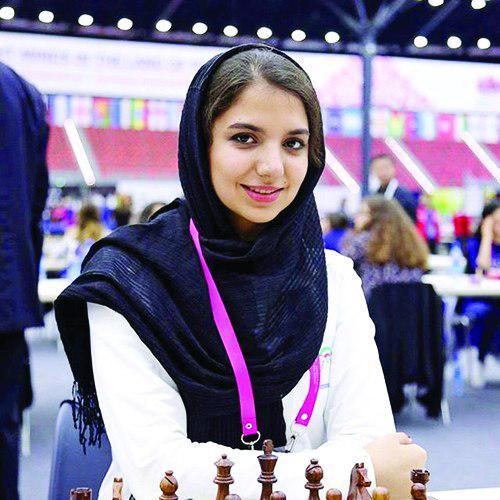 دختر ایرانی در بوندس لیگا