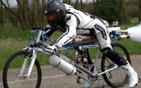 مرگ دوچرخهسوار مشهور با سرعت مرگبار