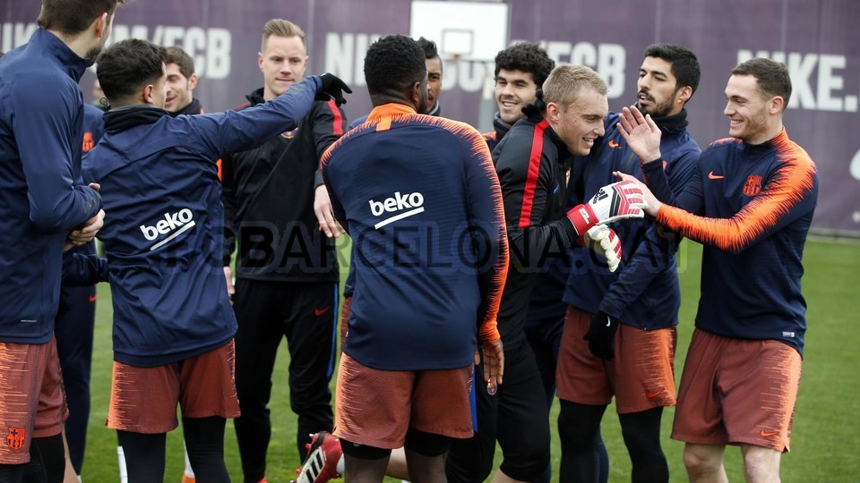 عکس  همراه ویژه سوآرس در تمرین بارسلونا