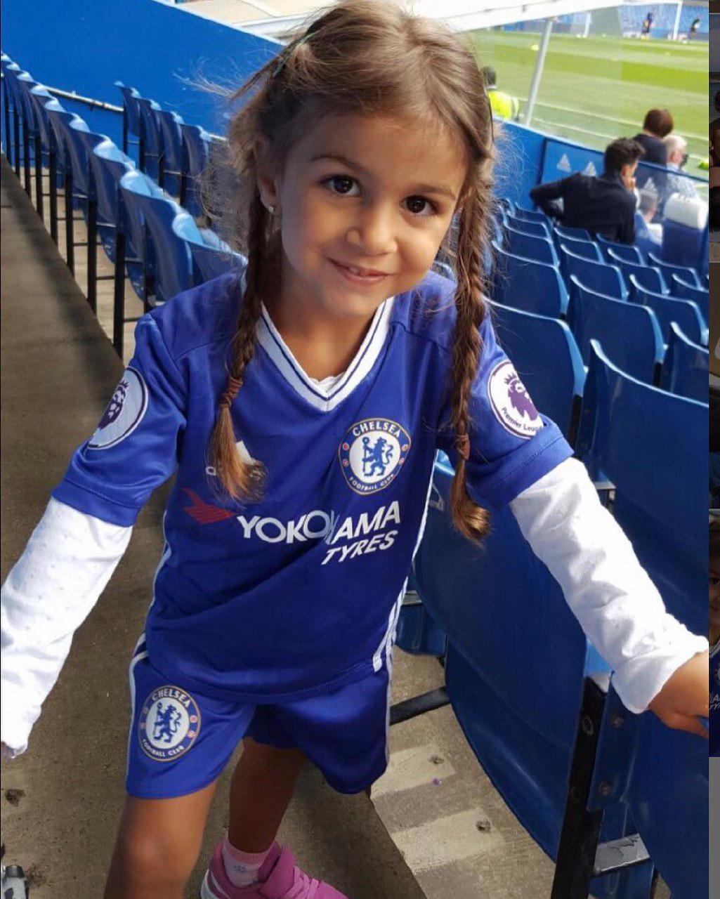 عکس| دختر ستاره چلسی با پدرش مو نمی زند