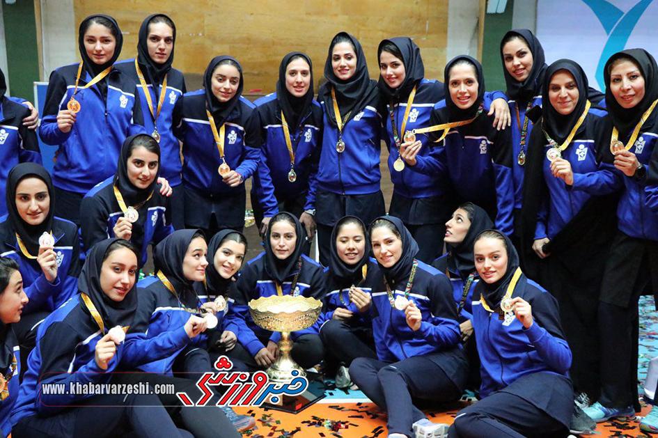 گزارش تصویری  مراسم جشن قهرمانی تیم والیبال بانوان پیکان تهران