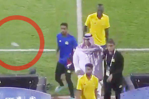 حمله عربستانیها به تیم النصر با کفش و بطری