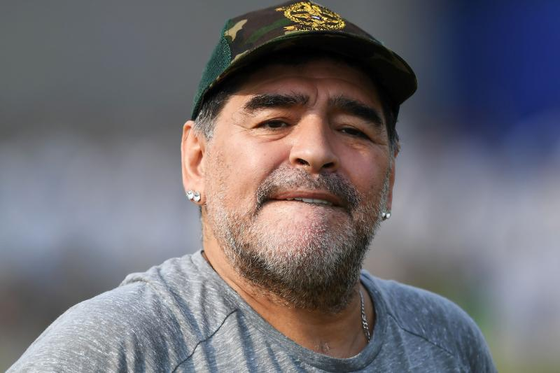 مارادونا: سامپائولی به من خیانت کرد