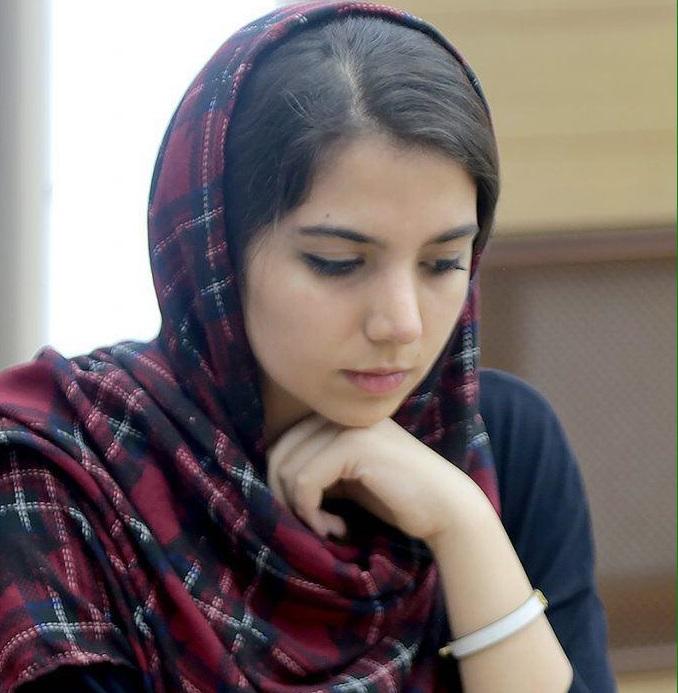 تساوى سارا خادم در دور پنجم