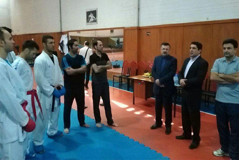 بازدید داورزنی از تمرینات تیم ملی کاراته