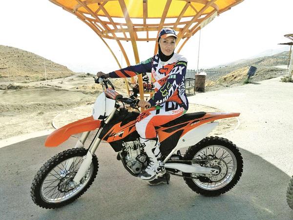 هاديزاده: به عشق سرعت و هيجان، موتورسوار شدم