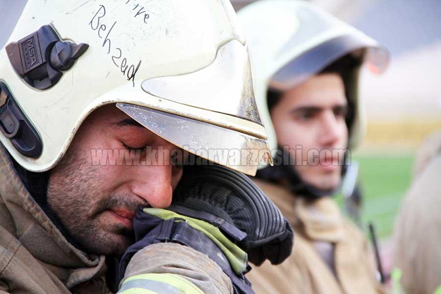 گزارش تصویری| ادای احترام سرخپوشان به آتش نشانان