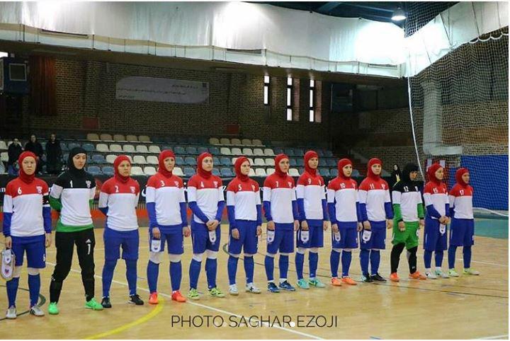 عکس جالب از تیم بانوان روسیه در ایران